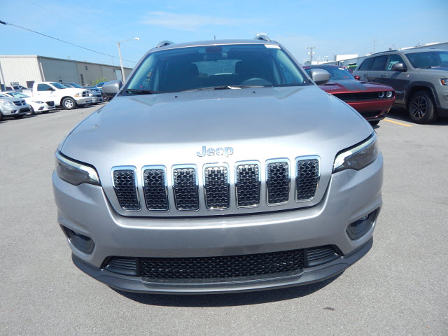 New 2019 JEEP Cherokee LAT FWD