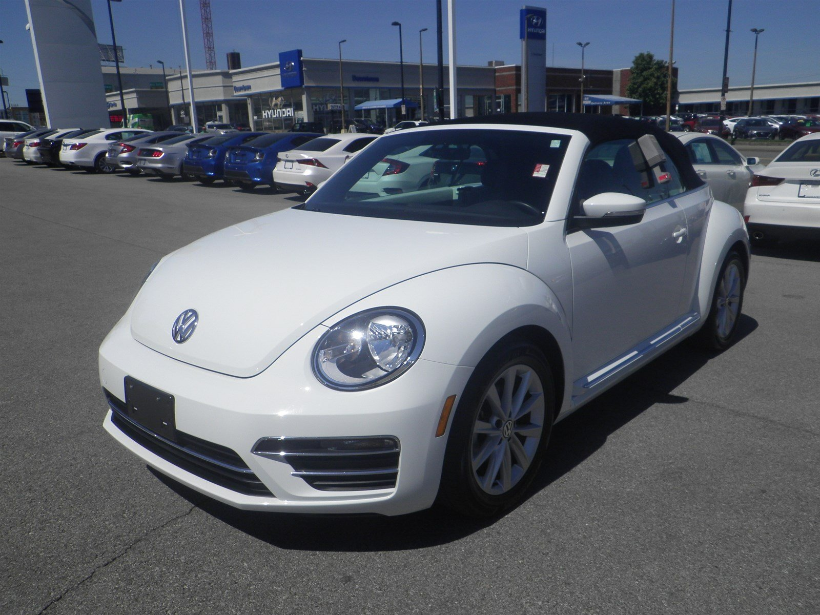 Pre Owned 2017 Volkswagen Beetle Convertible 1 8t