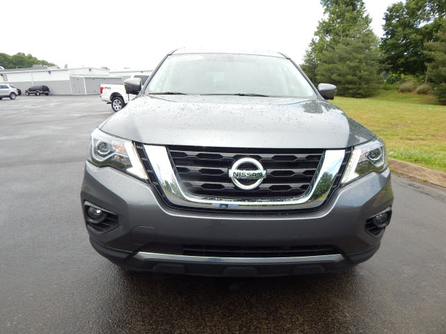 Pre-Owned 2018 Nissan Pathfinder