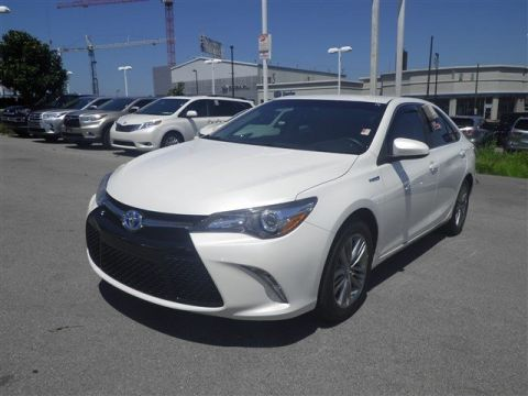 Pre-Owned 2017 Toyota Camry HYBRID
