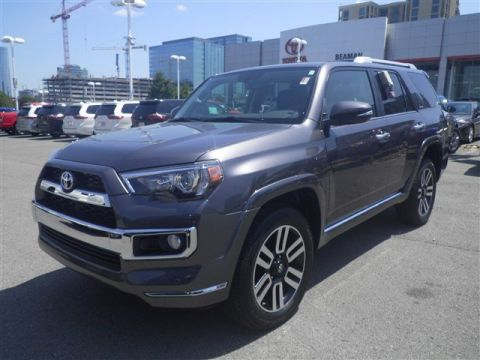 Pre-Owned 2018 Toyota 4Runner 4WD LTD